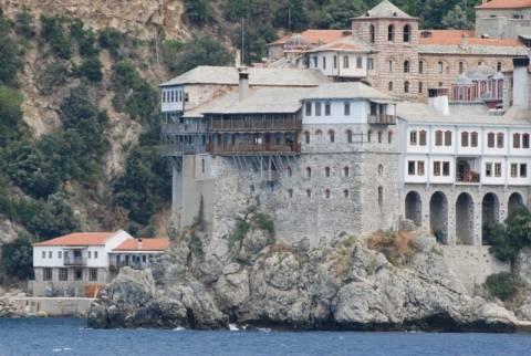 Φοροαπαλλαγές ζητούν οι μοναχοί του Αγίου Όρους