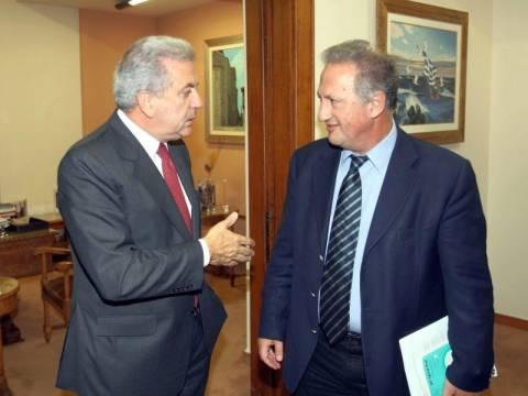 Σκανδαλίδης-Αβραμόπουλος διασταύρωσαν τα ξίφη τους