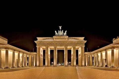 Γερμανικό τελεσίγραφο στον Ολάντ για το δημοσιονομικό σύμφωνο
