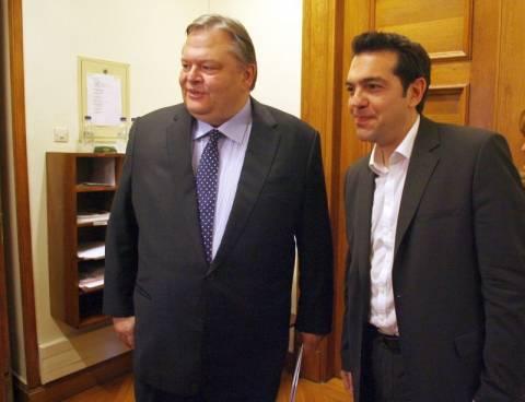 Υπογραφή Βενιζέλου στην επιστολή προς τρόικα ζητά ο Τσίπρας