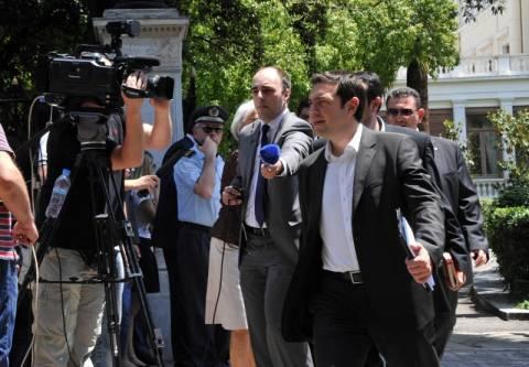 Με το βλέμμα στην Ελλάδα τα διεθνή Μέσα Ενημέρωσης