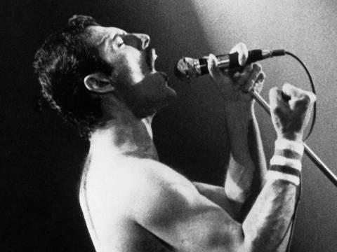 Ο Φρέντι Μέρκιουρι των Queen live σε μιούζικαλ!