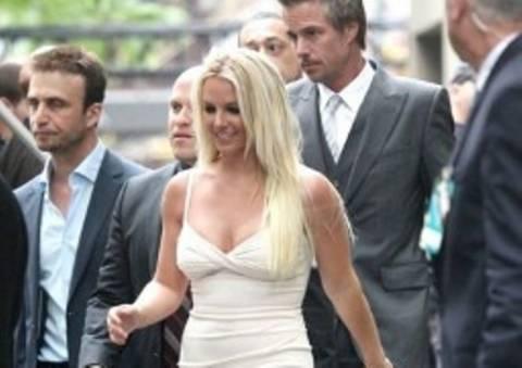 B. Spears: Κυτταρίτιδα μέχρι και στις... γάμπες!