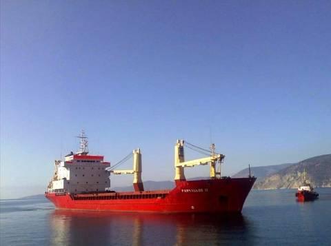 Προσάραξη φορτηγού πλοίου στην Ιτέα