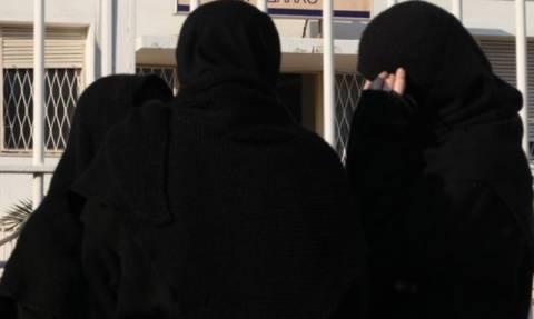 Συνελήφθησαν αθίγγανες που παρίσταναν τις καλόγριες σε λαϊκή