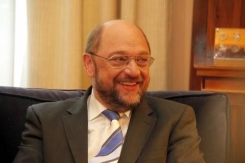 Σουλτς: «Η έξοδος από το ευρώ θα είναι η αρχή της φρίκης»