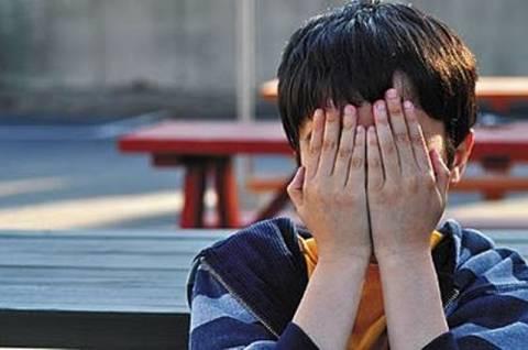 Σοκ: Δικαστής ξυλοκόπησε άγρια το 7χρονο παιδί του