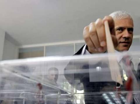 Mικρή η προσέλευση στις σερβικές εκλογές
