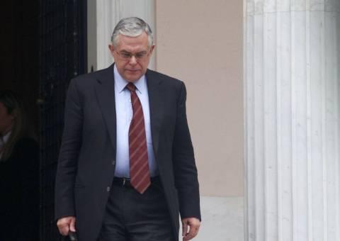 Λ. Παπαδήμος: Υπαρκτός ο κίνδυνος εξόδου της Ελλάδας από το ευρώ