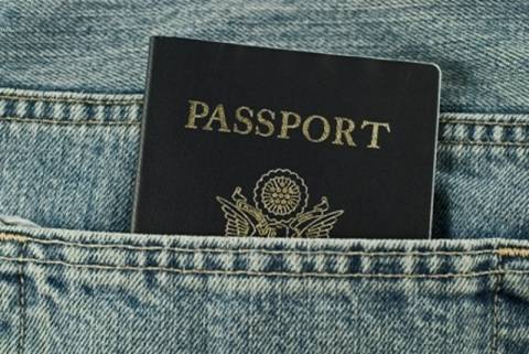 Συνελήφθη Νιγηριανός διακινητής στο Αεροδρόμιο της Κέρκυρας