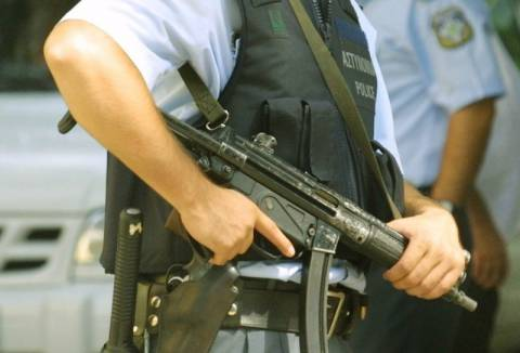 Δίωξη για πλειάδα κακουργημάτων στη συμμορία που εκβίαζε…περίπτερα