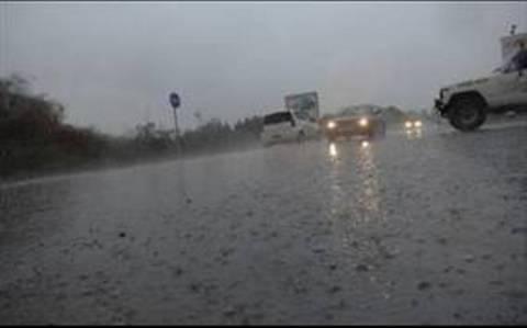 Κυκλοφορικά προβλήματα στη Λαμία ελέω καταιγίδων