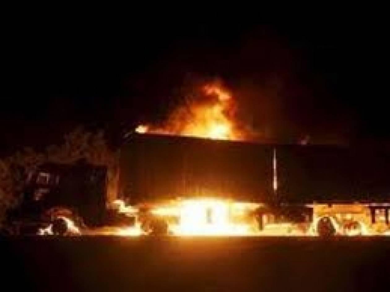 Στις φλόγες τρία φορτηγά στη Λεωφόρο Κηφισού