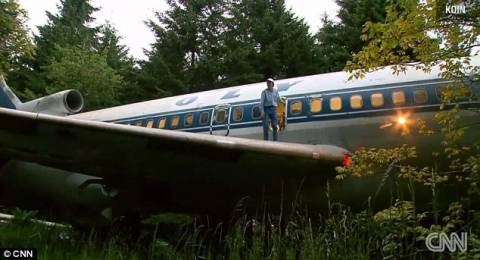 Μετέτρεψε παλιό αεροπλάνο της Ολυμπιακής στο σπίτι των ονείρων του