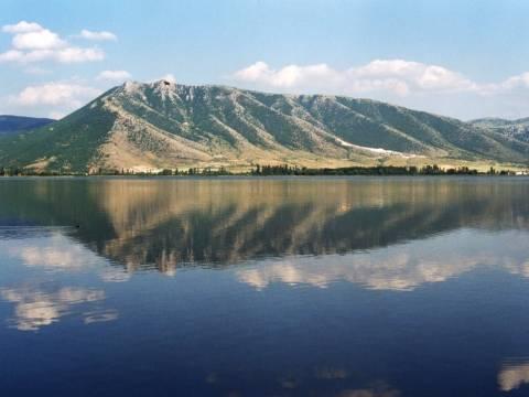 Η Λίμνη της Καστοριάς, περιοχή προστασίας της φύσης