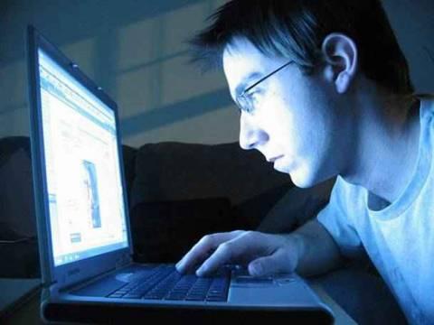 Αύξηση της online διαφημιστικής αγοράς το 2011