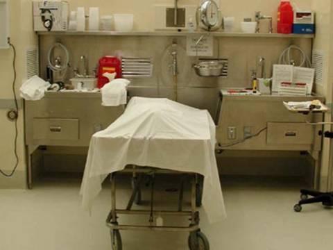 Δεν δολοφονήθηκε αλλά... αυτοκτόνησε η 27χρονη στην Κάλυμνο