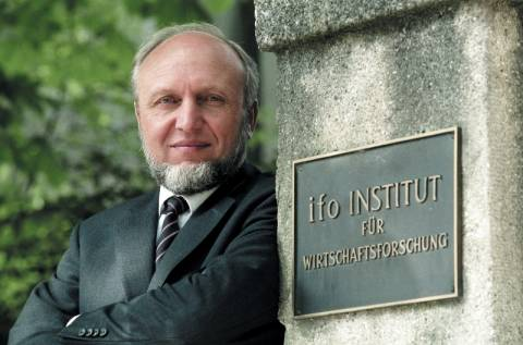 Χ. Β. Ζιν: Να λάβει η Ελλάδα προσωρινή «άδεια από το ευρώ»