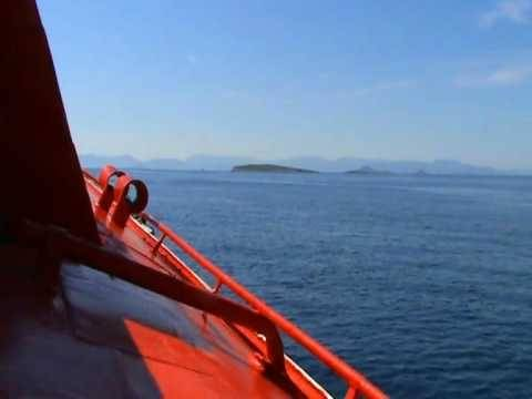 Προσάραξη ιπτάμενου δελφινιού με 59 επιβάτες