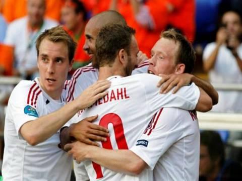 Euro 2012: Οι Δανοί «μάδησαν» τις «τουλίπες» (photos+video)