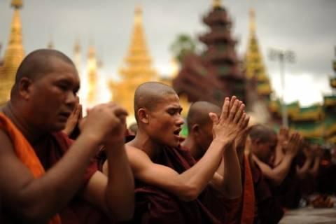 Ο ΟΗΕ εγκαταλείπει τη ζώνη των συγκρούσεων στη Μιανμάρ