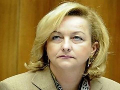 «Δεν θα πάρετε ευρώ αν ψηφίσετε αντιμνημονική κυβέρνηση»
