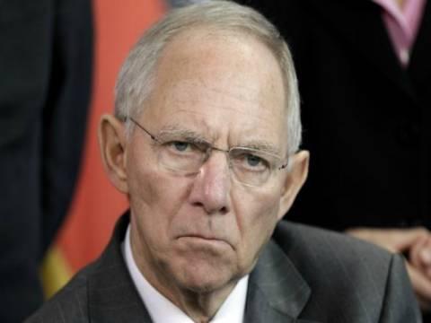 Σόιμπλε: Ευρωομόλογα με παραχώρηση κυριαρχίας