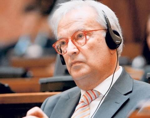 Σβόμποντα: «Σκάνδαλο» ότι ο Μπαρόζο δεν επισκέφθηκε την Ελλάδα