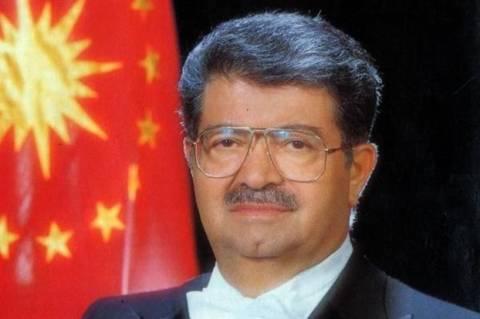 Hurriyet: Η χήρα του Οζάλ θέλει συνάντηση με τον Γκιούλ