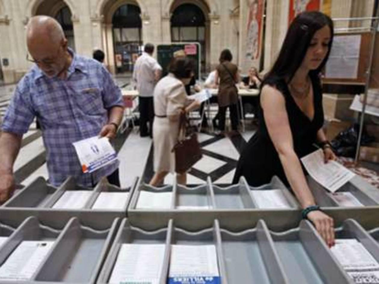 Γαλλία: Άνοιξαν οι κάλπες για τον δεύτερο γύρο των βουλευτικών εκλογών