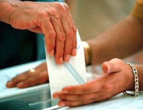 Βουλευτικές εκλογές 2012: Ένταση σε εκλογικό τμήμα στη Θεσσαλονίκη