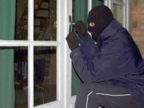 Αττική: Δύο ληστείες σε μονοκατοικίες μέσα σε μία ώρα!