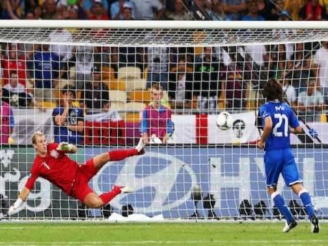 Euro 2012: Όταν ο Πίρλο γίνεται… Πανένκα (videos)