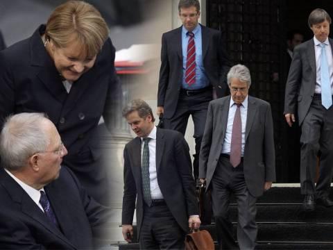 Σκληραίνουν τη στάση τους Γερμανοί και τρόικα