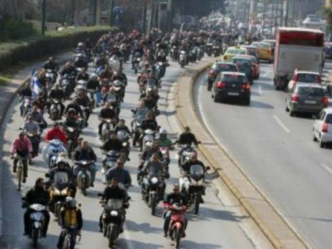 Αγανακτισμένοι Μοτοσυκλετιστές: Μοτοπορεία στην Ελληνική Χαλυβουργία