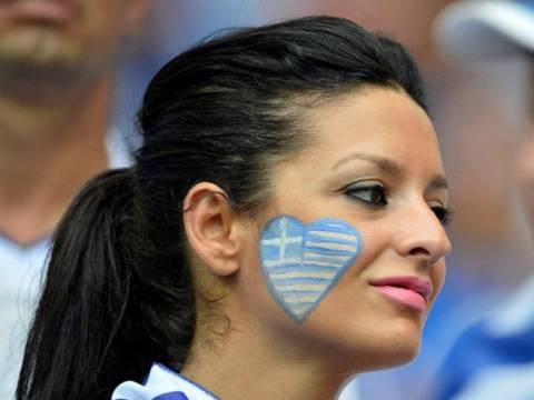 Τα πιο όμορφα κορίτσια του Euro 2012 σε ένα βίντεο!