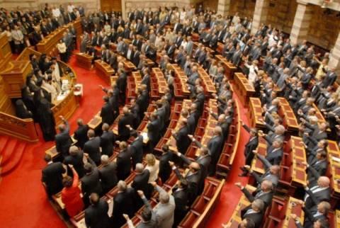 Την Πέμπτη η ορκωμοσία των 300 βουλευτών