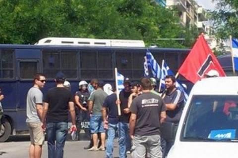 Επεισόδια έξω από τουρκικό προξενείο Θεσσαλονίκης (βίντεο)