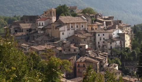 Ιταλία: Μια πόλη σε δημοπρασία!