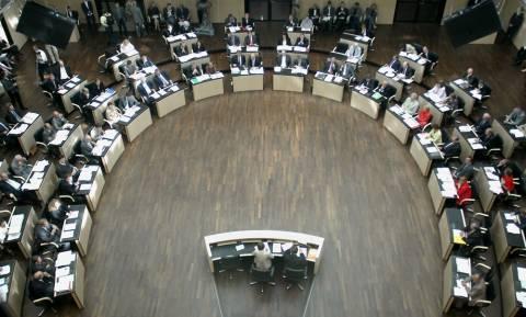 Γερμανία: Εγκρίθηκαν Δημοσιονομικό Σύμφωνο και ESM