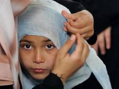 Καμπάνια κατά της μαντήλας στα μικρά κορίτσια