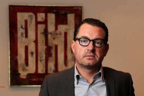 Έξοδος από το ευρώ συνιστά στην Ελλάδα ο διευθυντής της Bild