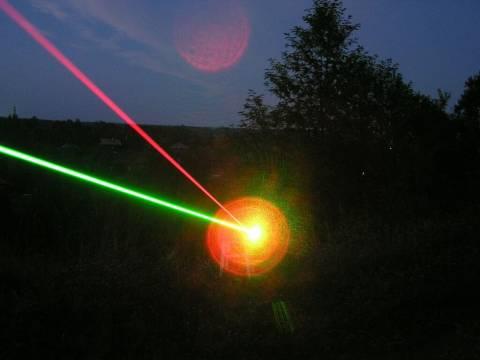 Η πιο ισχυρή δέσμη ακτίνων λέιζερ είναι γεγονός!