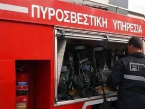 Φωτιά σε κτίριο στη Θεσσαλονίκη