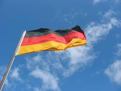 Για το Σεπτέμβριο μεταθέτει η Γερμανία τη ψήφιση του Συμφώνου