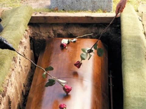 Αιτωλοακαρνανία: Λάθος νεκρή στο φέρετρο!
