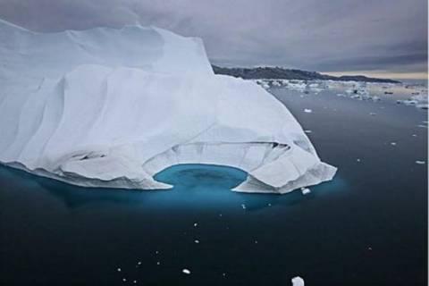 Παγόβουνο «Τιτάνας» αποκολλήθηκε από την Γροιλανδία