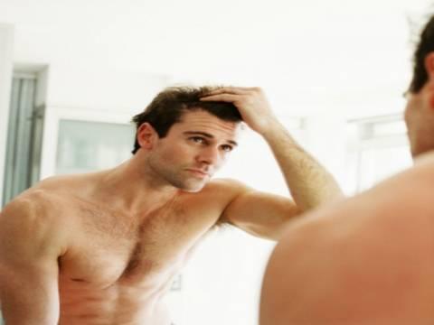 11 κακές συνήθειες που μπορεί να σε κάνουν φαλακρό