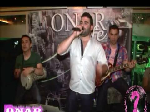 Βίντεο: Ο Παντελής Παντελίδης τραγουδούσε και εκείνοι έπαιζαν ξύλο