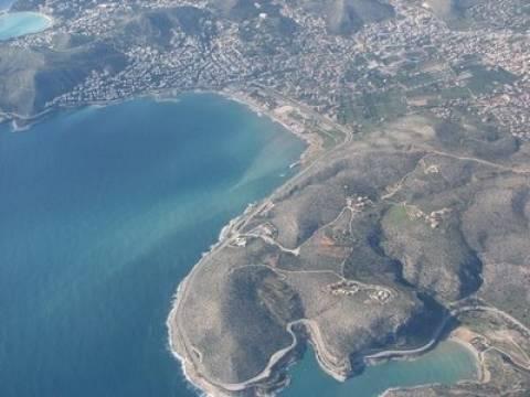 Εξουδετερώθηκαν δύο νάρκες ανοικτά της Βάρκιζας